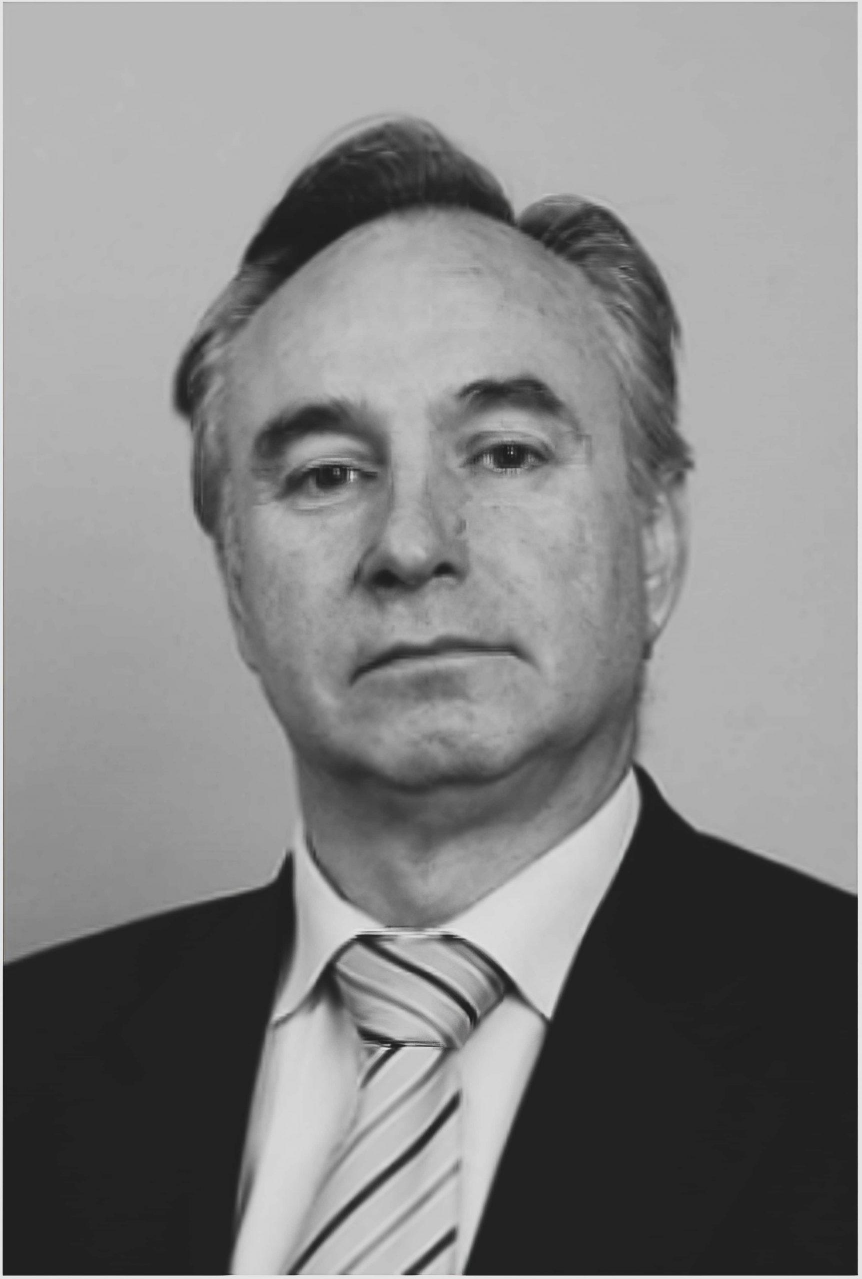 ROBERTO JIMENEZ ABOGADO